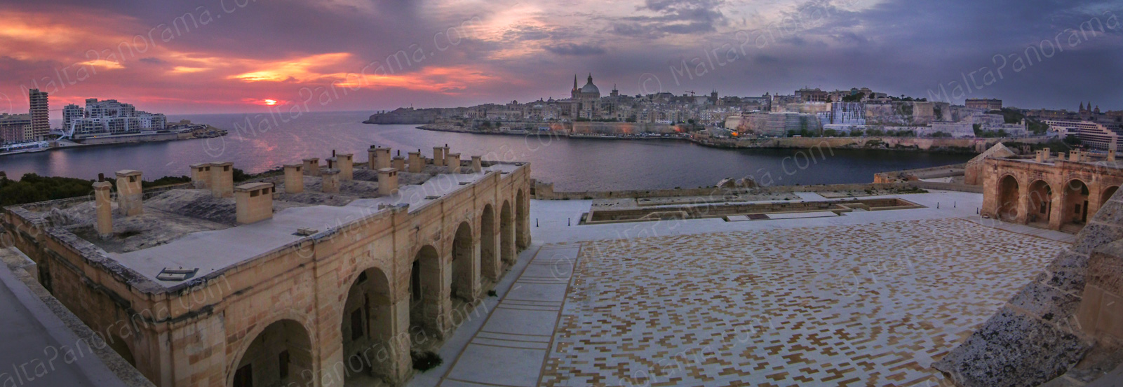 Sunrise over Fort Manoel